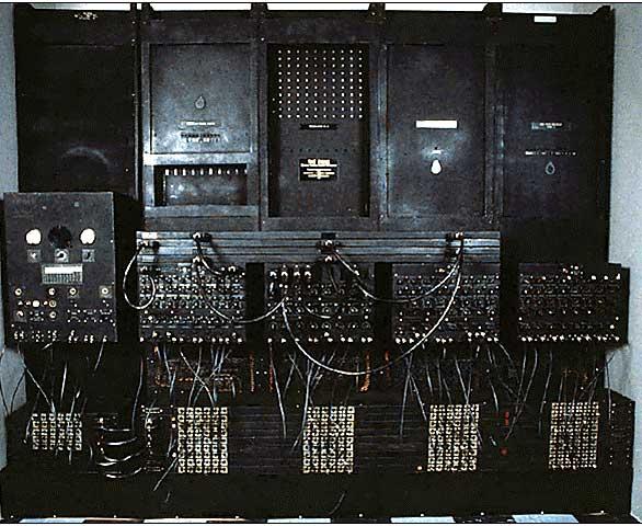 кто изобрел компьютер первым